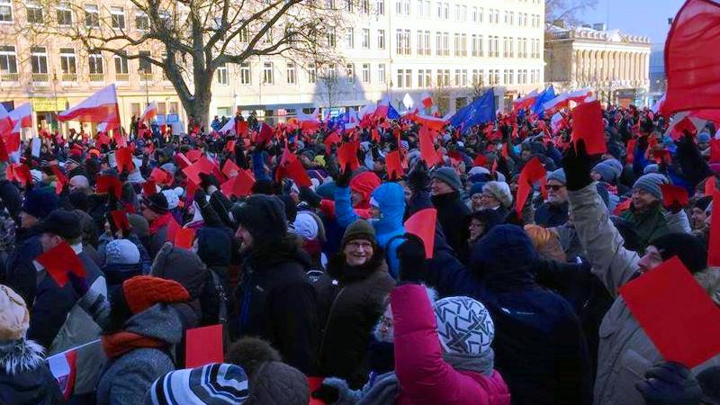 2016-01-02_manifestacja