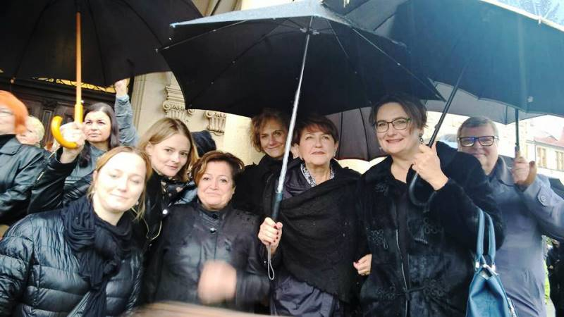 2016-10-03_czarny protest_1